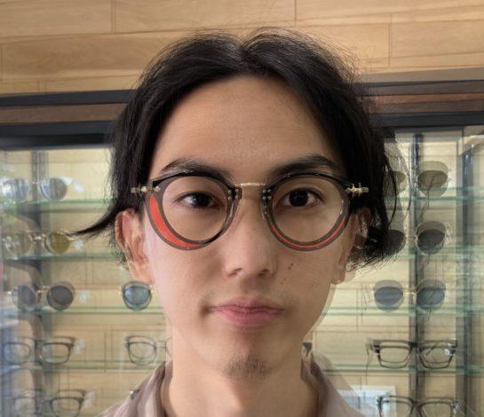 【眼鏡屋がメガネ選びで意識していること】サイズによる印象の違いについて
